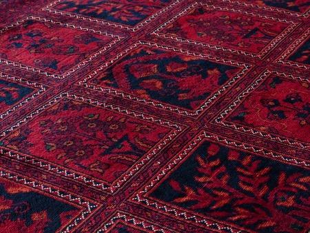 химчистка ковров из шелка